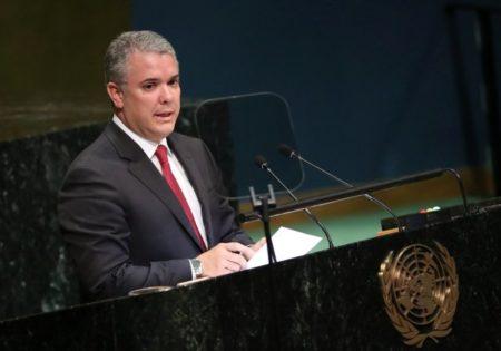 """Duque pide a la comunidad internacional """"cercar diplomáticamente"""" a Venezuela"""