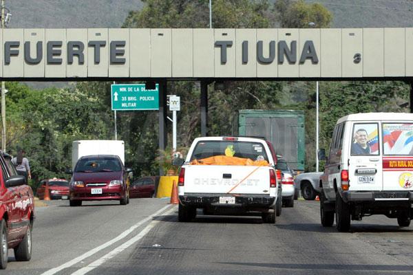 Abatidas ocho personas en Fuerte Tiuna por funcionarios del FAES