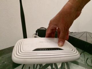 Falla en servicio de internet se extiende sin respuesta por parte de operadoras