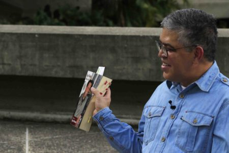 Elías Jaua: Chávez nos mostró el camino de la victoria