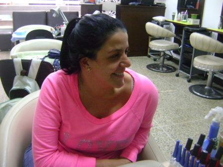 Ana Carolina Ríos joven empresaria dueña de nueve perros