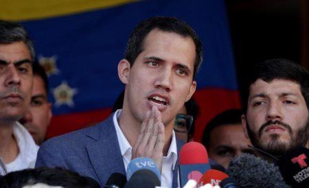 """Guaidó dice que """"en los próximos días"""" comenzará a ingresar ayuda humanitaria"""