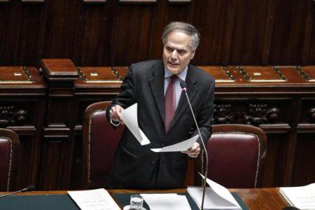 Italia pide evitar confrontaciones que retrasen las elecciones en Venezuela