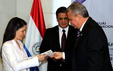 Paraguay agiliza la radicación de los ciudadanos venezolanos en el país