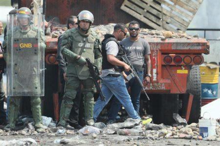 UE condena la intimidación a quienes se han movilizado para repartir ayuda