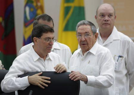 Cuba admite que busca proveedores alternativos ante la crisis en Venezuela