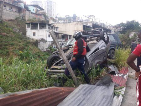 Tres heridos dejó choque en el km 25 de la Panamericana
