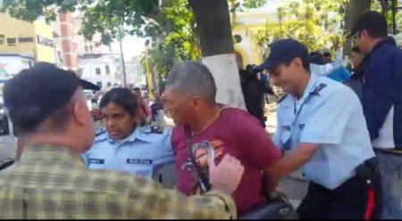 Levantan procedimientos administrativos a polimirandas que resguardaron a docentes durante ataque chavista