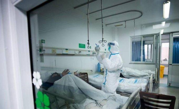 Aumentan a 361 las muertes por el coronavirus en China