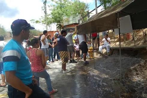 PPAL: PPAL1 Leyenda: Un mes sin agua en la parte alta de Nueva Casarapa. Alcaldía realiza pruebas para solucionar crisis
