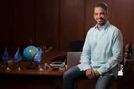 Angulo tiene 15 años de experiencia formando a mas de 20 mil líderes del mundo entero.