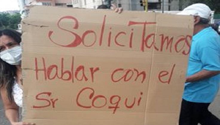 """Habitantes de El Paraíso protestan y piden hablar con """"El Coqui"""" - La Voz"""