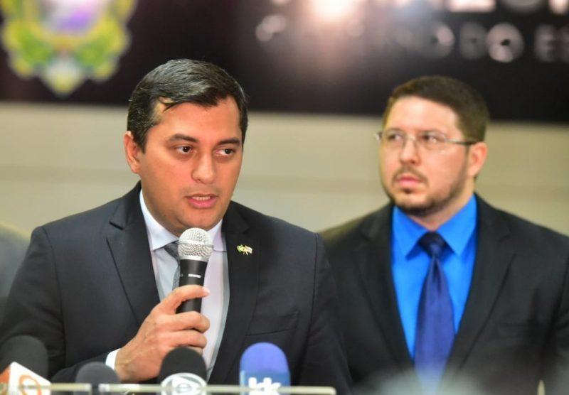 Na foto temos o governador Wilson Lima e o vice Carlos Almeida (Foto reprodução)