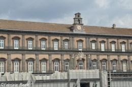 palazzo-reale-napoli-cambia-colore