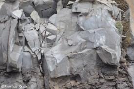 cratere-del-vesuvio-rocce1