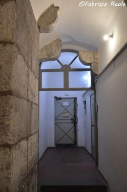 corridoio fra due palazzi chiesa santi filippo e giacomo