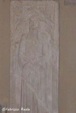 restauro sarcofago chiesa di santa chiara napoli