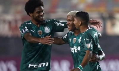 Libertadores: Palmeiras sofre, mas vence com gol no último lance