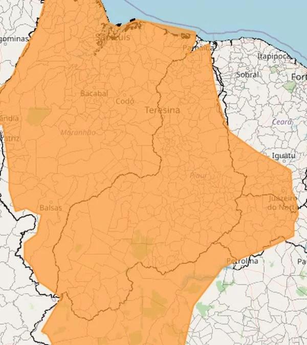 Inmet emite alerta laranja de perigo de chuvas intensas para 99% do território piauiense