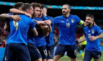 Itália vence a Áustria e avança às quartas de final da Euro
