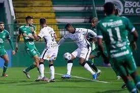 Corinthians vence Chapecoense no Brasileiro