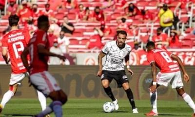 Inter empata com Corinthians nos acréscimos