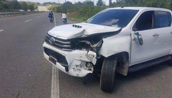 Diputado Barahona sufre accidente en autopista 6 de noviembre