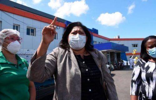 72 enfermeras de hospital infantil en Santiago dan positivo al COVID-19