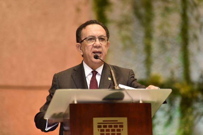 Gobernador anuncia la disponibilidad de nuevos recursos por unos RD$ 40,000 millones para continuar apoyando a los sectores productivos en su recuperación de la actividad económica