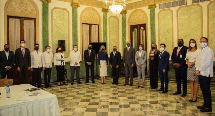 Cámara Americana de Comercio destaca aporte de Abinader con creación mesa de trabajo