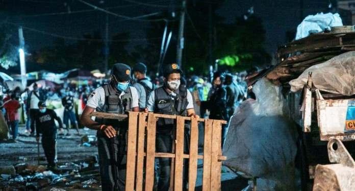 Ayuntamiento y fuerzas del orden encabezan operativo para recuperar espacios públicos en avenida Duarte