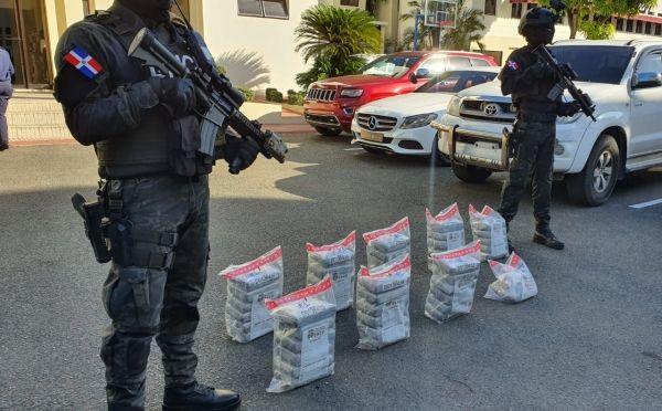 Las labores operativas en contra del narcotráfico y delitos conexos, siguen ampliándose en todo el territorio nacional, mientras los 49 paquetes ocupados en esta operación fueron enviados bajo cadena de custodia al Instituto Nacional de Ciencias Forenses (INACIF) para los fines correspondientes