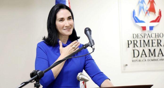 Primera dama exhorta a la población promover programa de vacunación contra la covid-19