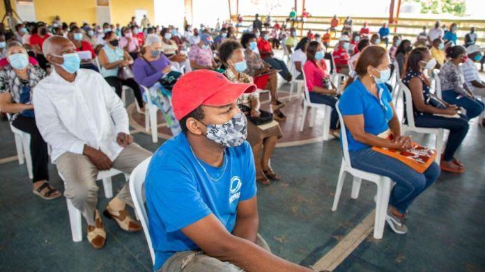 Gobierno inicia proceso de titulación de terrenos en Palenque, Boca de Nigua y San Cristóbal