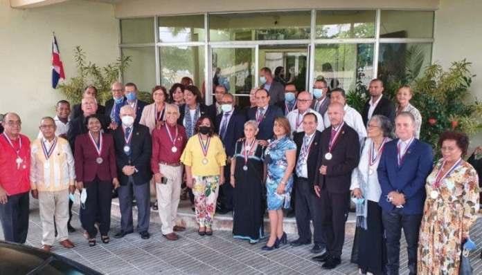 Cuarenta periodistas fueron distinguidos por la directiva del gremio. FOTO: HENRY SANTIAGO
