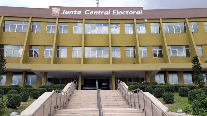 JCE: Cancelados de oficialías eran contactos buscones