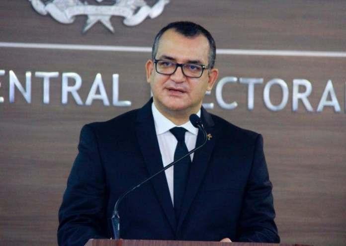 JCE cancela director voto en el exterior y 4 funcionarios por manejo inadecuado de recursos