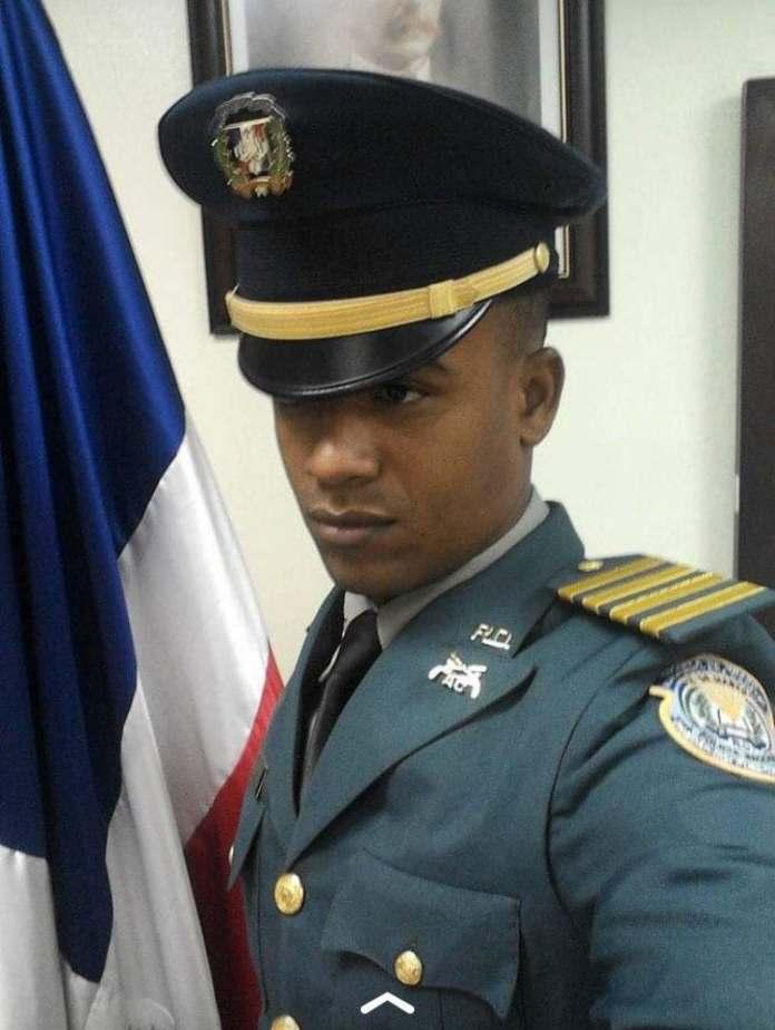 Delincuentes ultiman primer teniente que intentó impedir asalto en Santiago