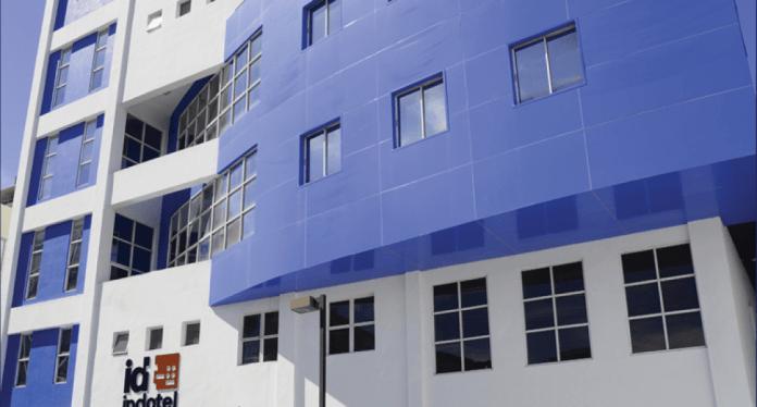 Indotel clausura 13 revendedores ilegales de internet y cierra 45 emisoras FM