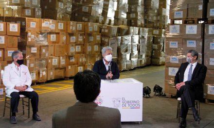 Ecuador recibió 400 Tm de equipos de protección sanitaria