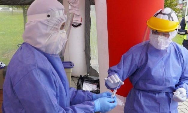 Toman pruebas PCR a personal del ECU 911