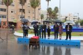 alcaldesa-almunecar-y-ediles-junto-a-los-jefes-guardia-civil-y-policia-local-durante-lectura-manifiesto-fiesta-nacional