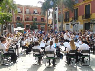 concierto-banda-municipal-de-musica-almunecar-plaza-constitucion-ayuntamiento-16-1