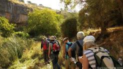 senderistas-en-plena-ruta-por-lopera-jayena-16