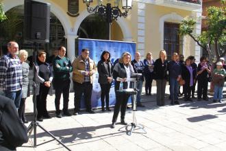 ALCALDESA ALMUÑECAR LEE MANIFIESTO INSTITUCIONAL DIA DE LA MUJER 17
