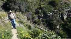 SENDERISTAS POR CAMINO PESCADORES CAMINO DEL FARO PUNTA DE LA MONA 17 (6)