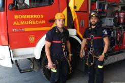 BOMBEROS DE ALMUÑECAR PORTAN SUS NUEVO ARNES PERSONALES. 17