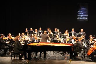 CONCIERTO OSCA Y PIANISTA AMBROSIO VALERO EN ALMUÑECAR 17