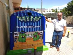 LUIS ARAGON JUNTO CONTENEDOR FERIA DIA ALMUÑECAR 17 (1)