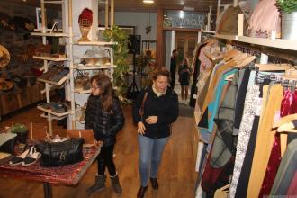 Tienda taller de Lilian Urquieta en La Herradura 18
